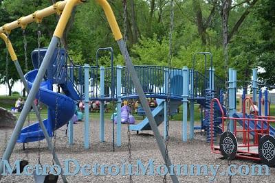 Veteran's Memorial Park – St. Clair Shores