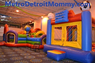 Inflatable Playspaces – Royal Oak