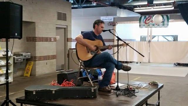 live music at Royal oak food truck rally