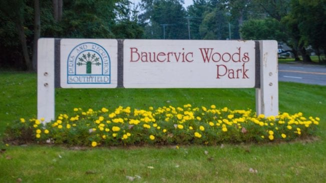 Bauervic Woods Park in Southfield Visitor's Guide and Photos