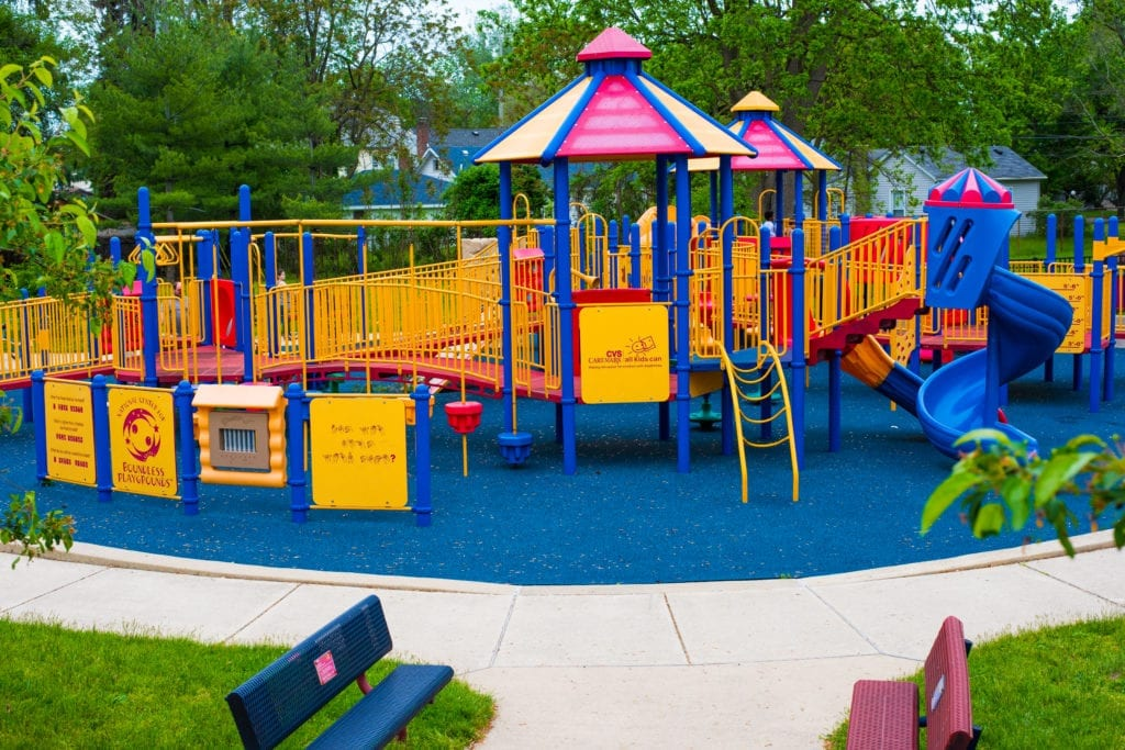Play 4 All at Soroptimist Park large structure