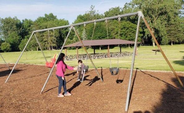 Brinston Park Swings