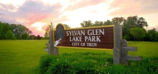 Sylvan Glen Lake Park Sign