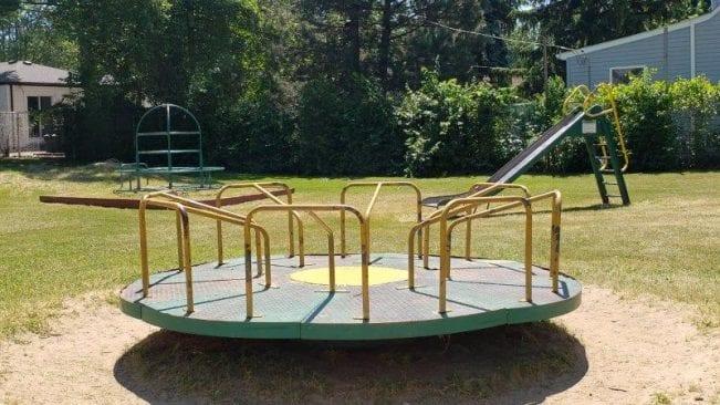 Tuski Park Merry Go Round