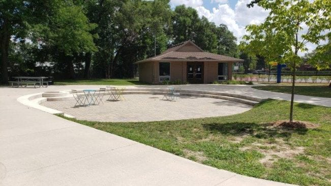 restrooms and seating at Gainsboro Park