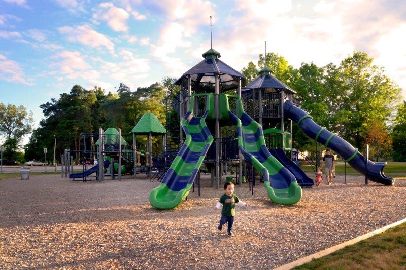 Playground at Addison Oaks