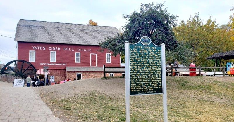 Yates Cider Mill Rochester Hills, Michigan Donuts and Cider