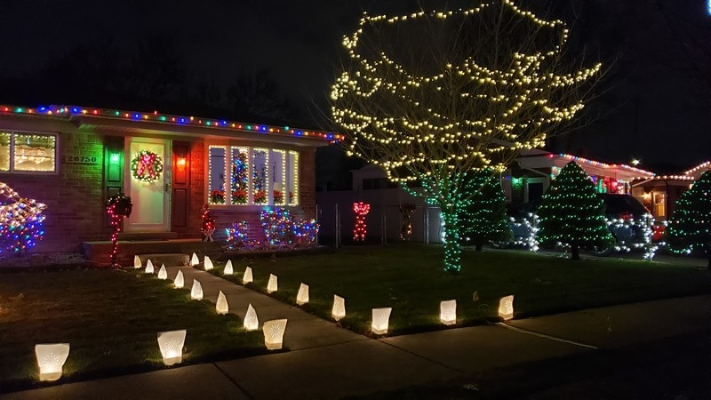Christmas Lights in Madison Heights