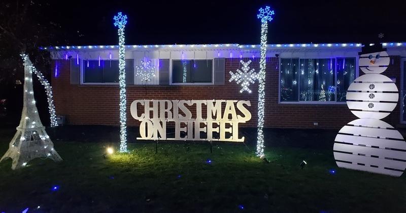 Christmas on Eiffel Street in Warren