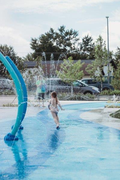 Emmons Plaza Splash Pad in Rochester Hills