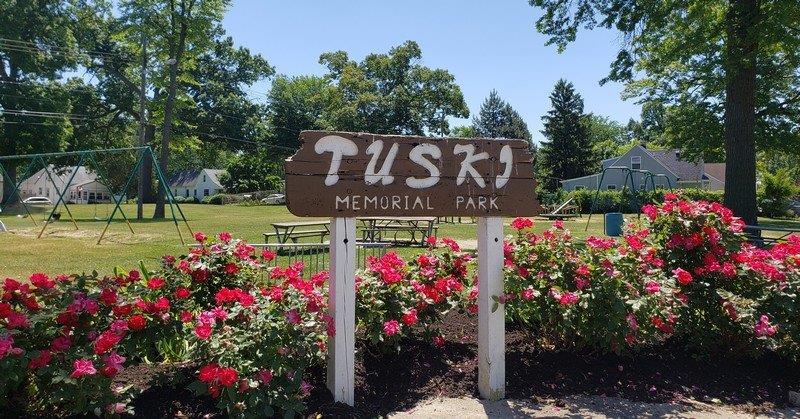 Tuski Park in Hazel Park (1)
