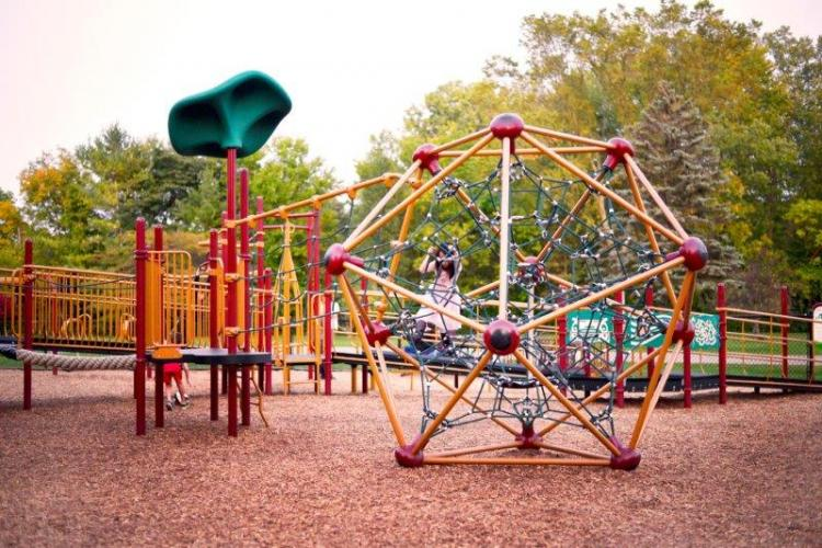 Beverly Park in Livonia (15)
