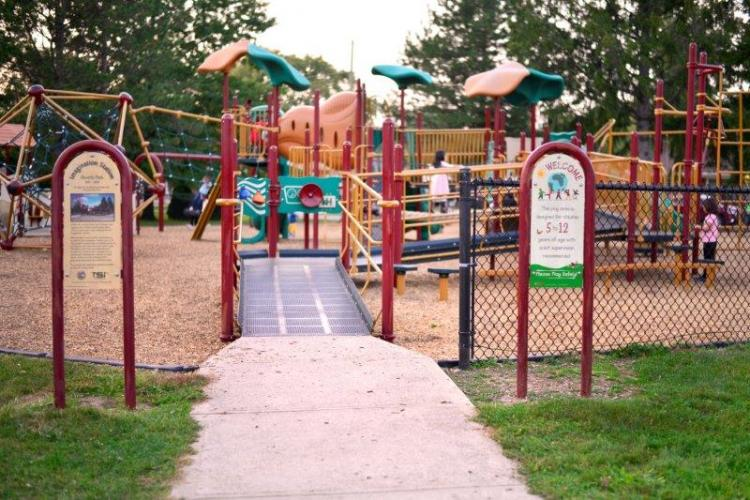 Beverly Park in Livonia (4)