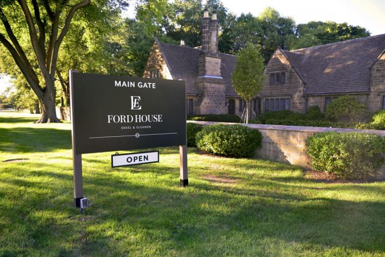 Edsel and Eleonor Ford House in Grosse Pointe Shores (20)