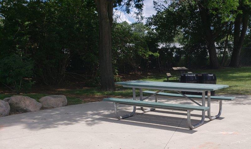 Gainsboro Park in Pleasant Ridge (14)