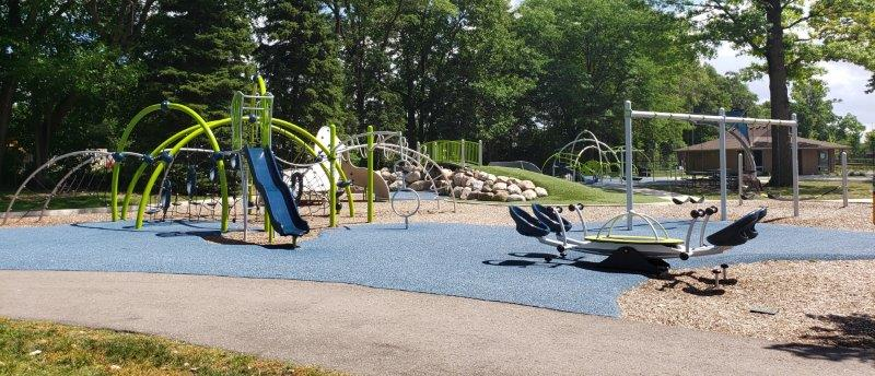 Gainsboro Park in Pleasant Ridge (18)