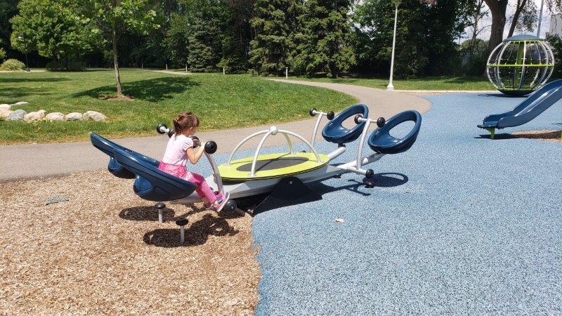 Gainsboro Park in Pleasant Ridge (7)