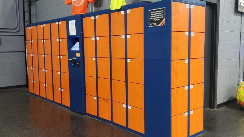 lockers Sky Zone Canton