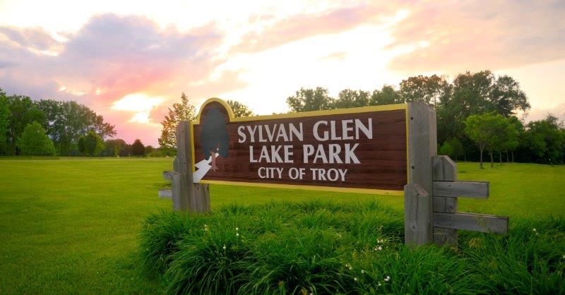 Sylvan Glen Lake Park Sign